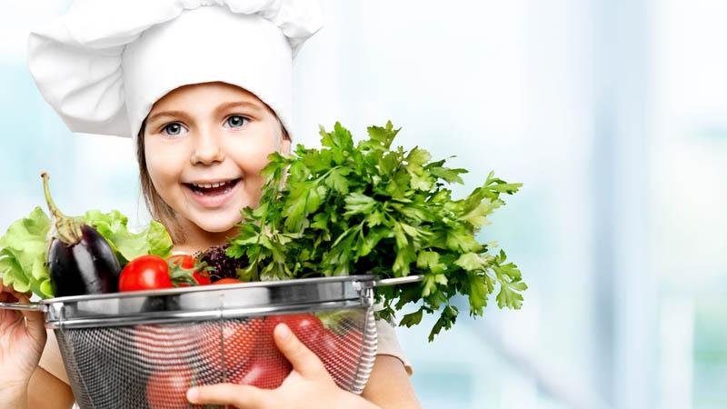 10 tápanyag, amire minden gyereknek szüksége van (5 és 8 éves kor között)